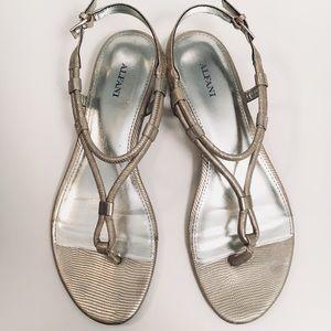 Alfani wedge sandals EUC